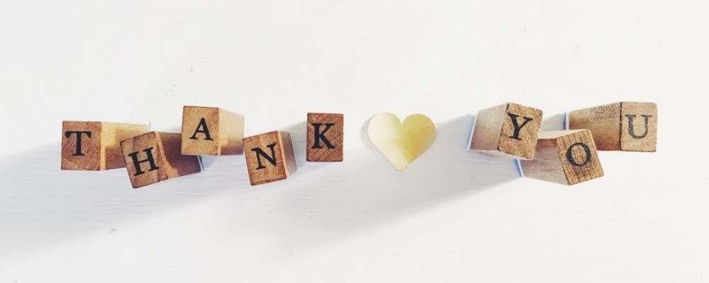 recognizing your staff with thank you notes is one way of motivating staff in your small business