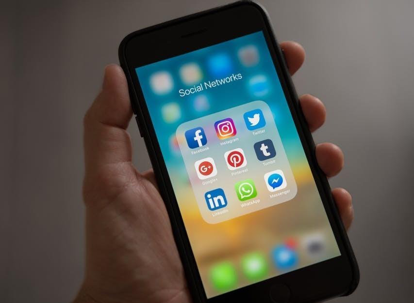 social media marketing steps for starting an online store