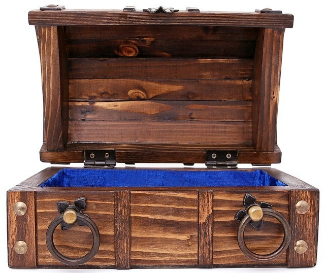 tips for precious coin storage, wooden chest